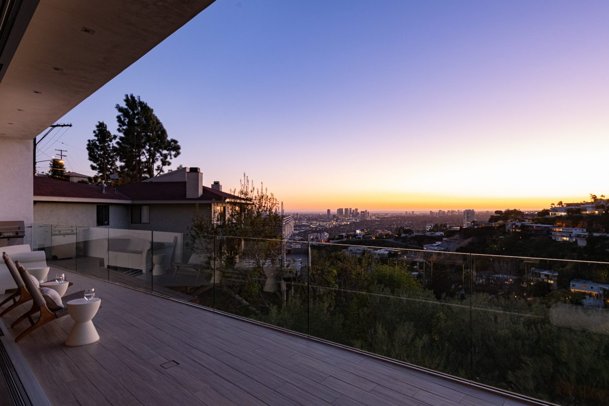 8760 Hollywood_LoRes_29